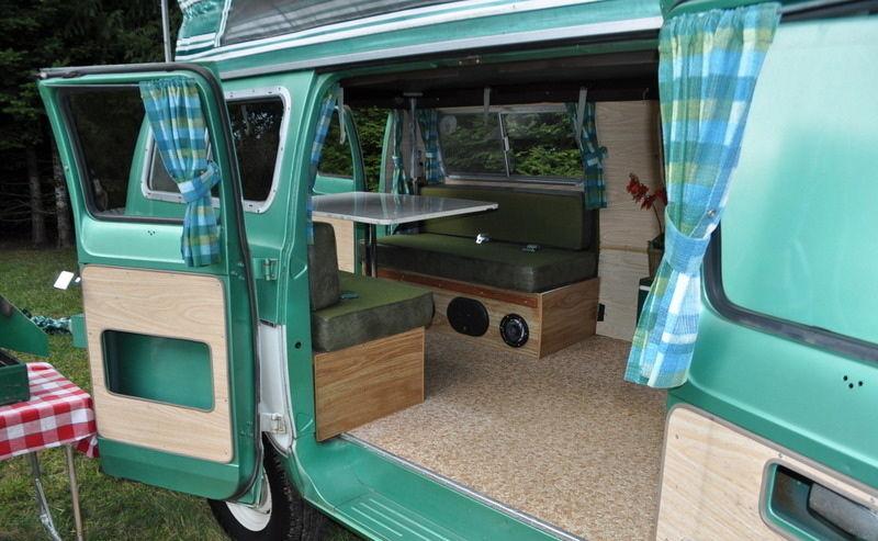 1971 Dodge Tradesman Camper Van 2