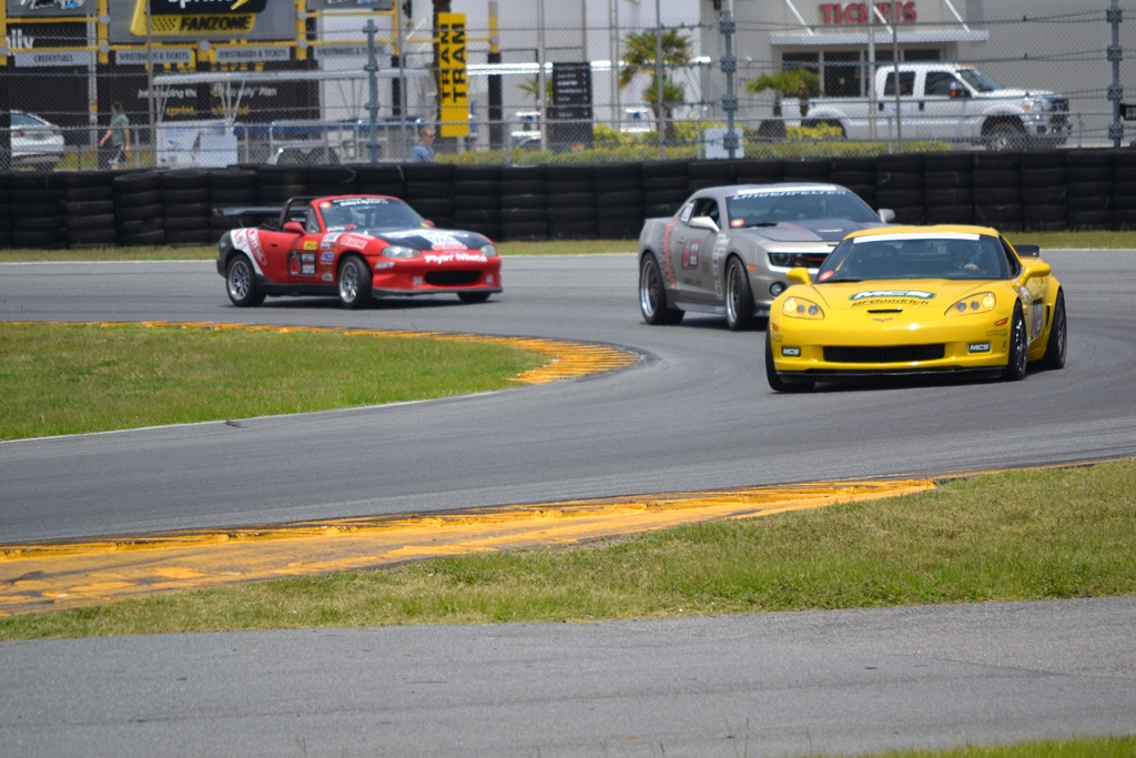 More Great Action Photos From The Ultimate Street Car Association Event at Daytona International Speedway