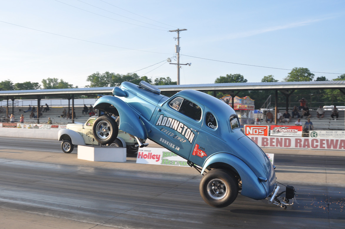 See Incredible Gasser Wheelstand Holley National Hot Rod Reunion 1937 Chevy Four Ground also Dodge magnum srt furthermore Rocket Robin further Kaiju  bat Preview Nemesis 340966032 likewise Wallpapers For Smart Phones Cars 960 X 800 T75335. on ll cool j challenger