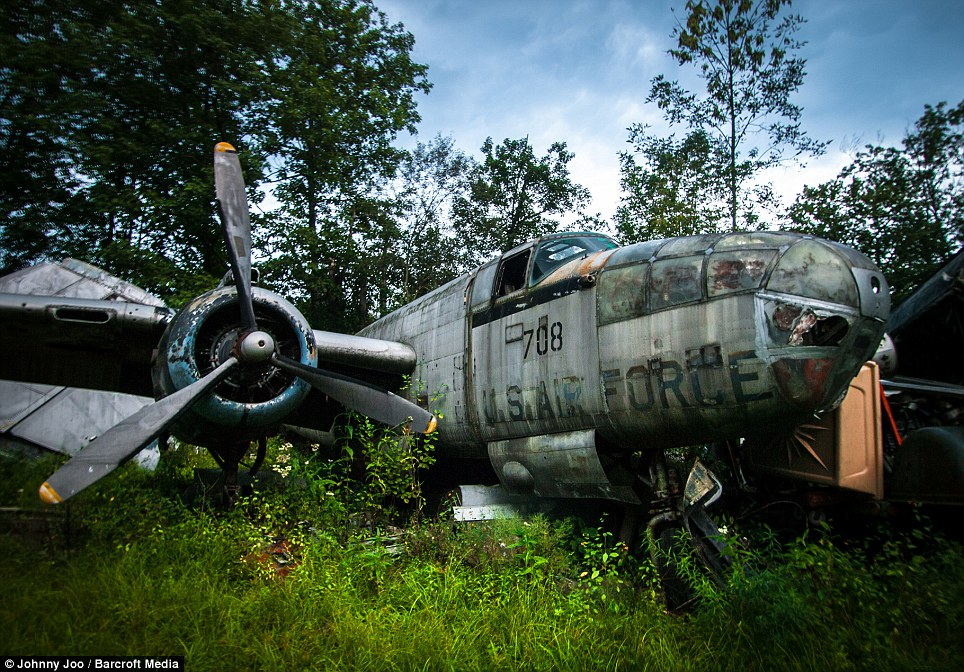 "Best of 2014: An Ohio Scrap Yard Owner Bought A Bunch Of WWII Era Planes In The Late 1940s To ""Save"" Them – They're Now All Rotting In The Woods – Amazing Photos"
