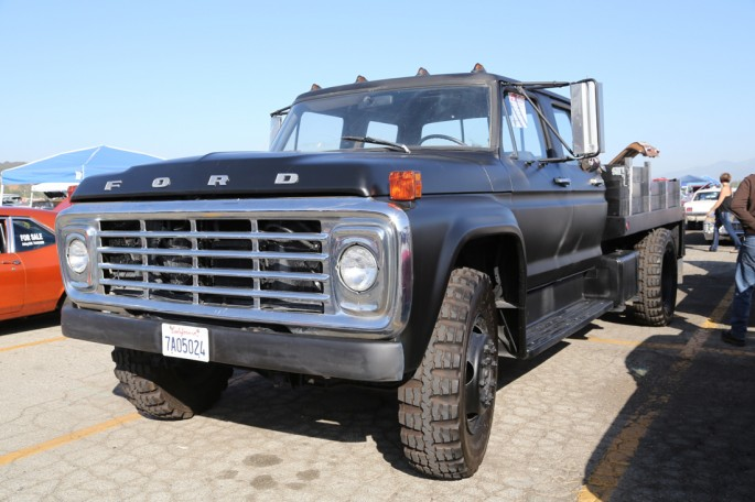 pomona swap meet trucks049