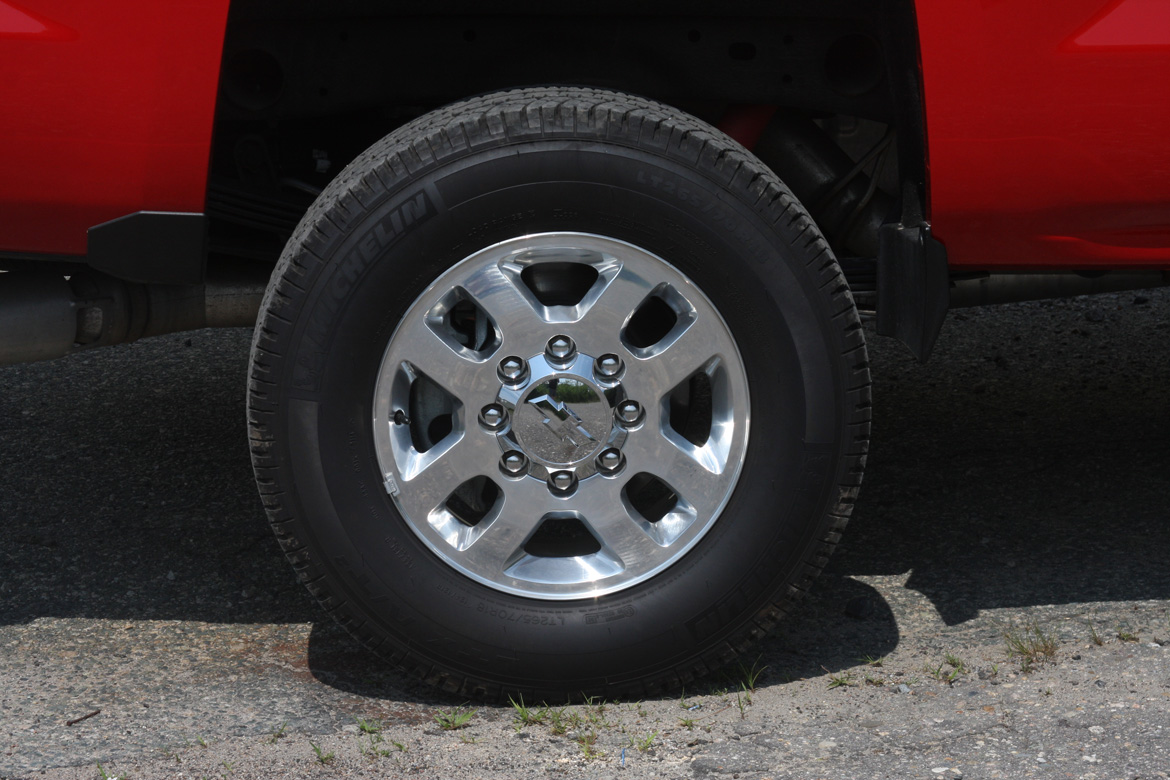 All Chevy chevy 2500hd wheels : Trucks. [Archive] - Page 2 - Teton Gravity Research Forums