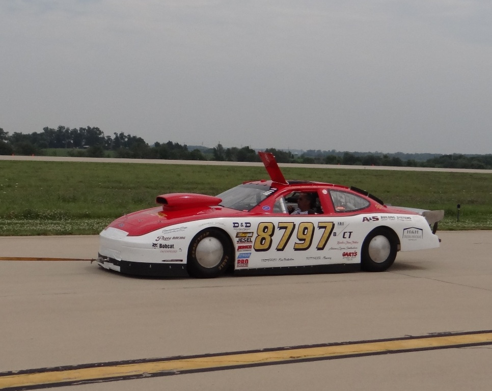 Land Speed Racing Action: The ECTA Ohio Mile – July 2014