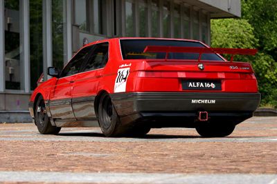 Professional-Level Sleeper: Alfa Romeo 164 ProCar V10-All The Fun Of An F1 Engine In A Sedan!