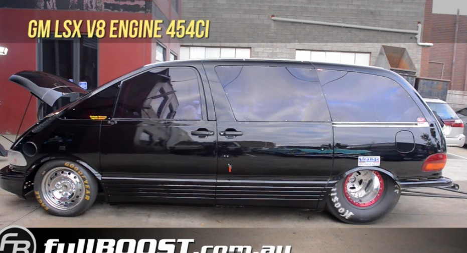 This 1500+hp, Twin Turbo 454 LSx Powered Toyota Mini-Van Is An Aussie Toyota We Can Totally Get Behind