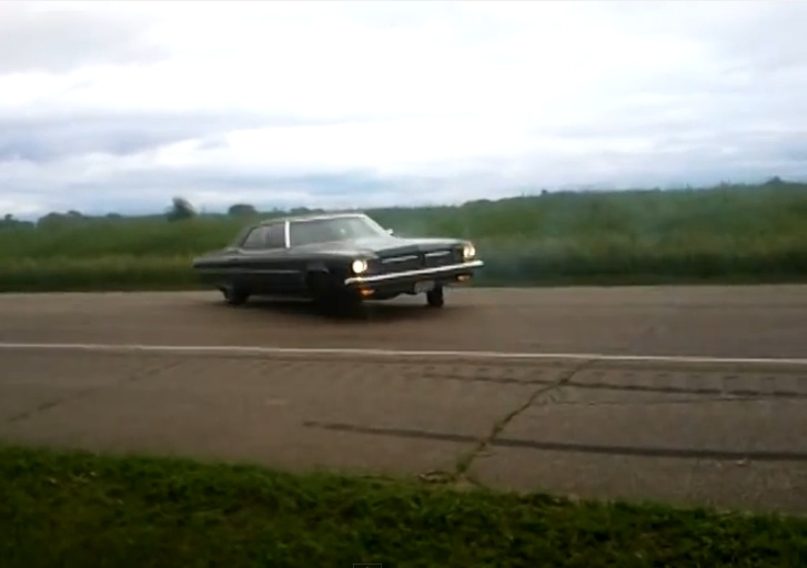 Watch This Large Barge Of A 1973 Olds Rip Sweet Donuts On A Country Road – Sleeper City