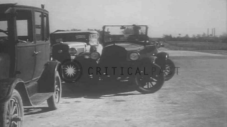 Watch This Car With Four Wheel Steering Strut Its Stuff On A Michigan Bridge In 1931 – Freak!