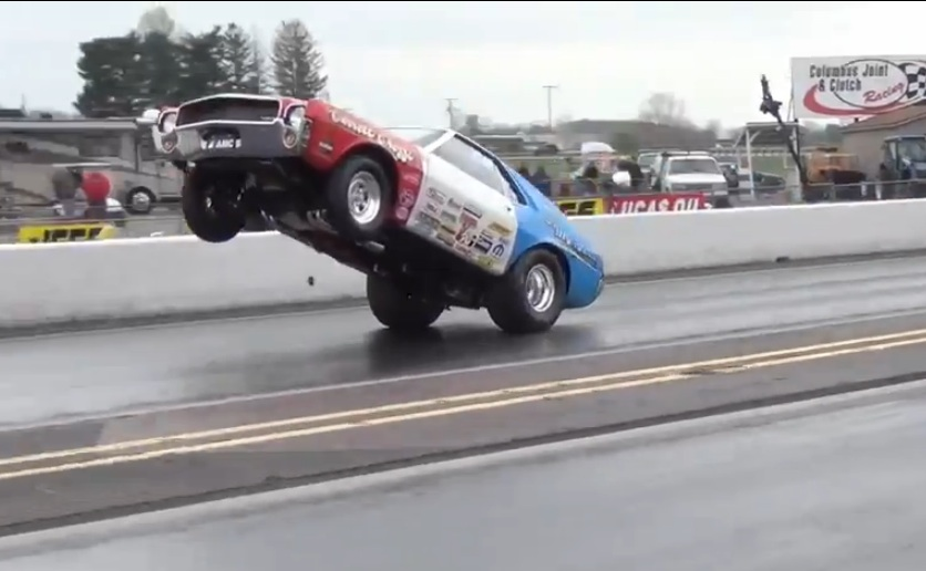 Watch An AMX Super Stocker Rip Off A 300-Foot Wheelie – No Sissy Sticks For This Guy!