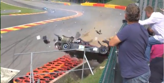 Carnage Video: This Radical SR8 Goes Airborne Into The Tire Wall At Eau Rouge!