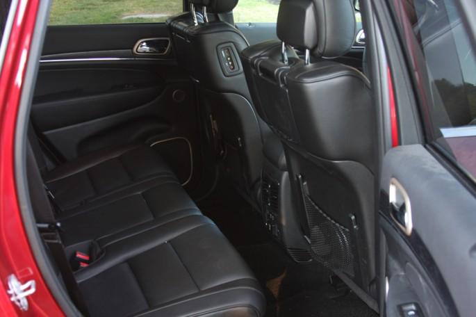 jeep grand cherokee summit eco diesel016