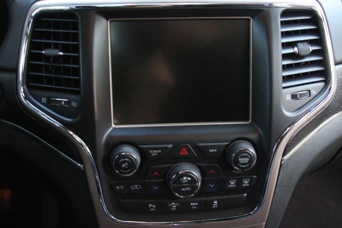 jeep grand cherokee summit eco diesel025