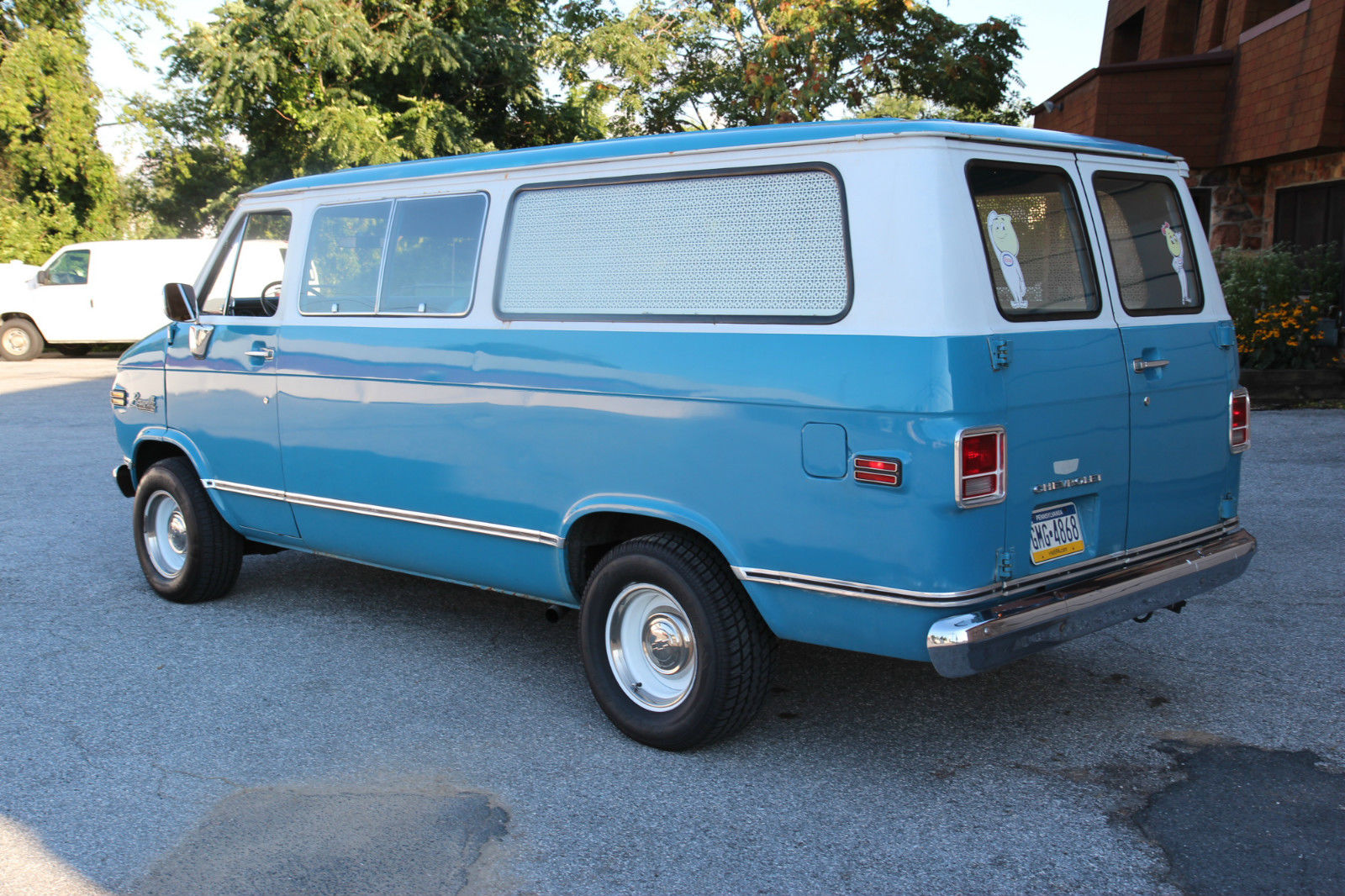 1972 chevy beauville van. Black Bedroom Furniture Sets. Home Design Ideas
