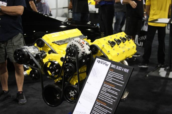 Mercury Racing DOHC LS Engine000
