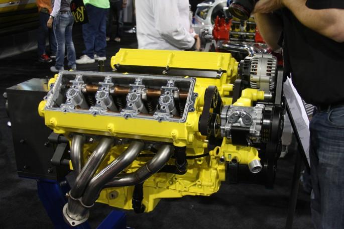 Mercury Racing DOHC LS Engine009