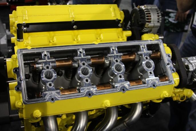Mercury Racing DOHC LS Engine010