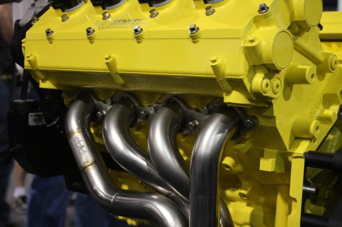 Mercury Racing DOHC LS Engine012