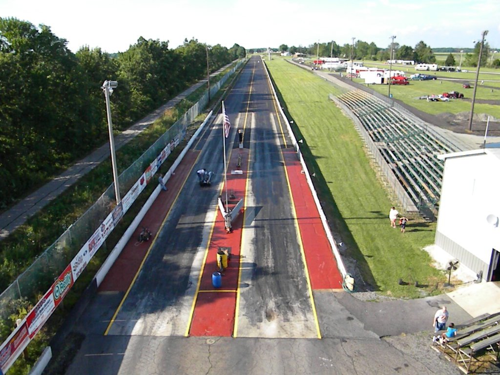 Bunker hill dragway for House of tracks