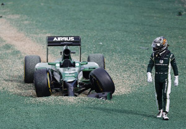 Troubled Caterham F1 Team Turns To Crowdfunding In Order To Save Their Bacon