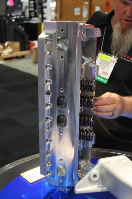 trick flow big block Chrysler head012