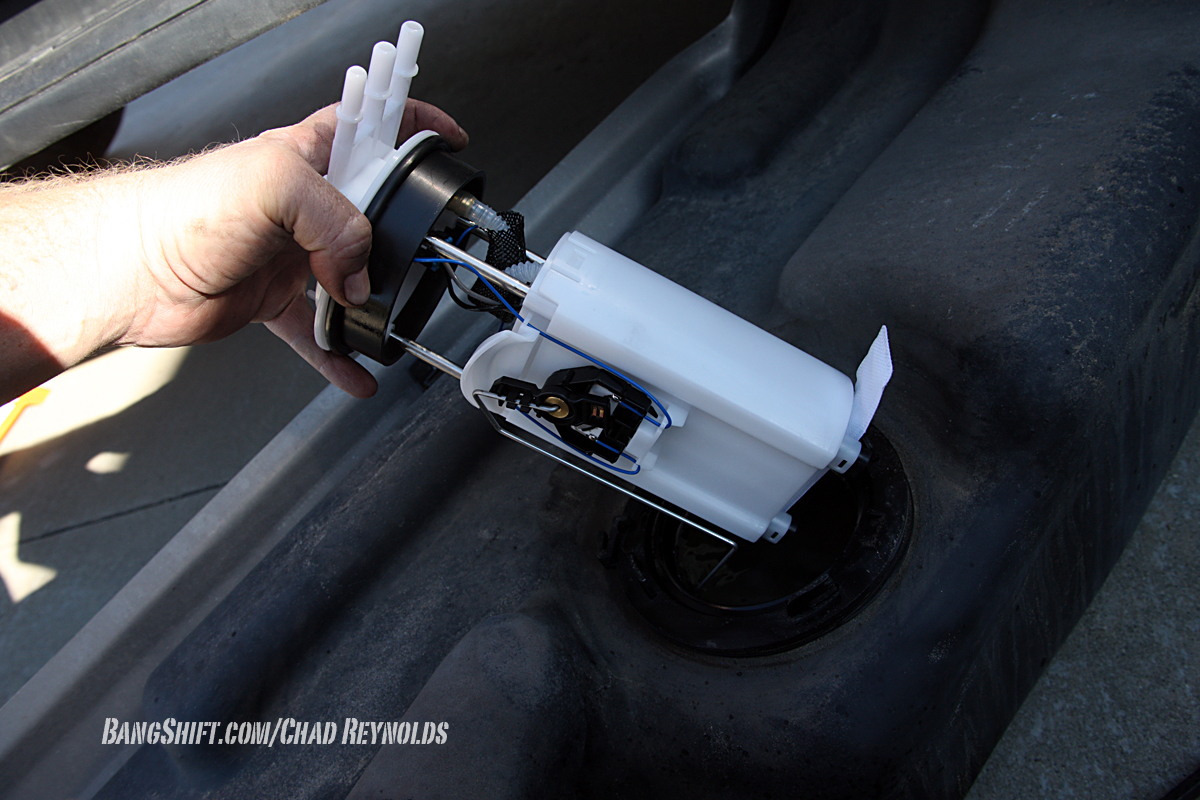 Did You Know That Some Suburbans Have Two Fuel Pumps 86 Chevy Suburban Gas Tank Wiring Airtex In Pump Installation 006