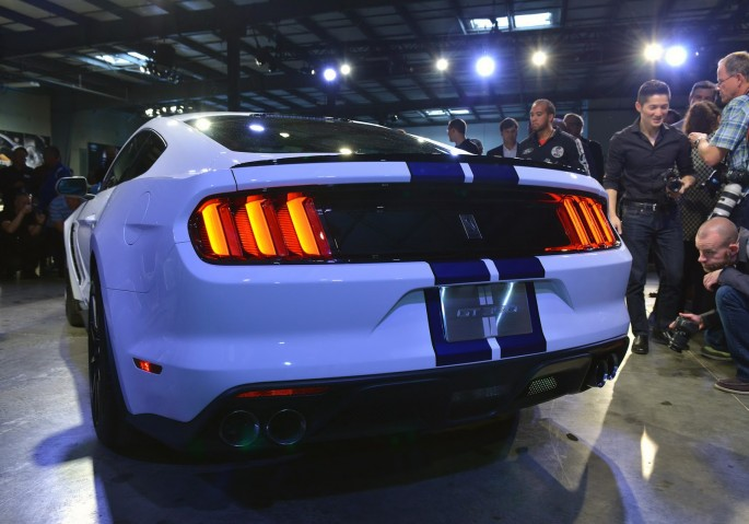New-Ford-Mustang-Shelby-GT350-02