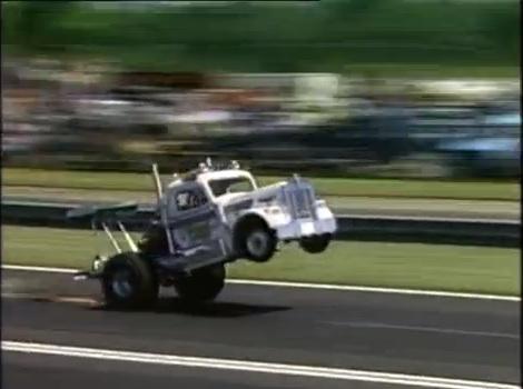"""Classic Footage Of """"Diesel Louie"""" Kenworth Wheelstander At Work!"""