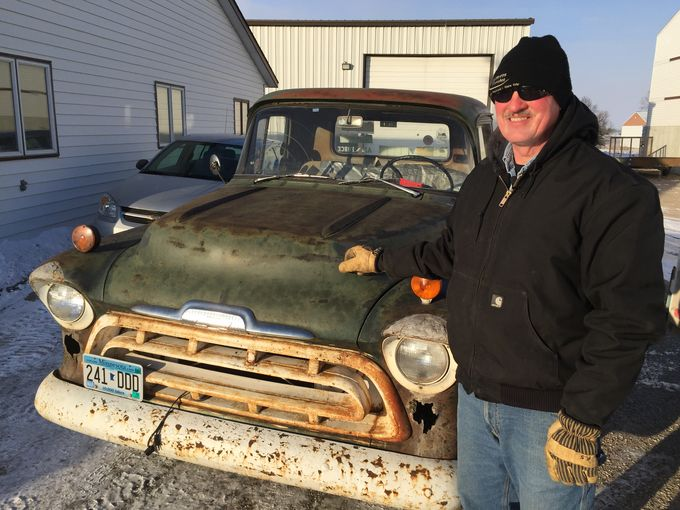 Guy Drives $75 Dollar Truck To Work For 38 Years, Right Up To The Day He Retires – BangShifty Hero!
