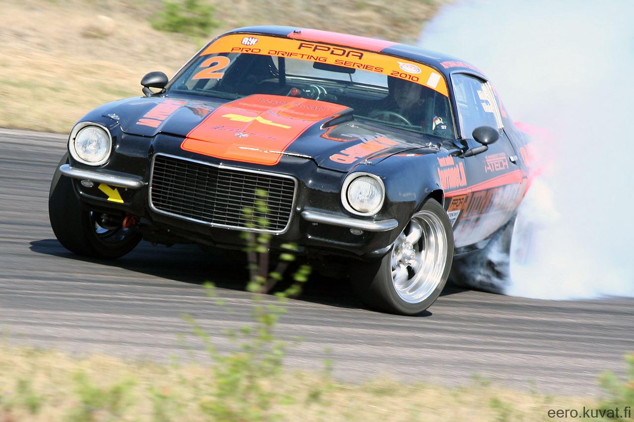Pro-Touring Tuesdays: This European Camaro Is A Tire Frying Drift Machine