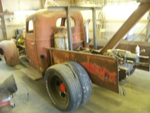 BangShift.com 1948 International Wrecker