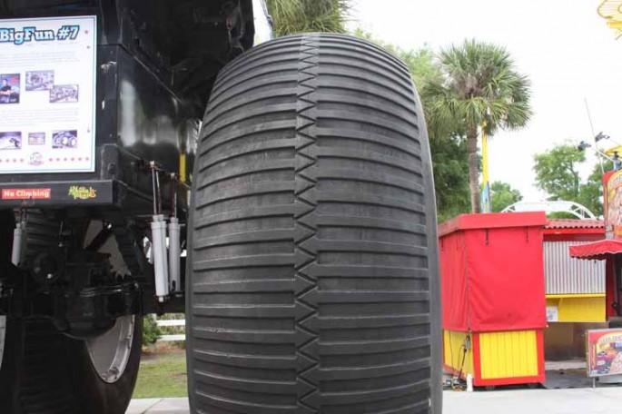 bigfoot 7 monster truck013