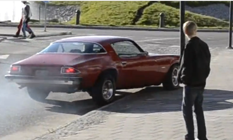Watch The Saddest Camaro Burnout Ever End With An Even Sadder Impact – How Does This Happen?