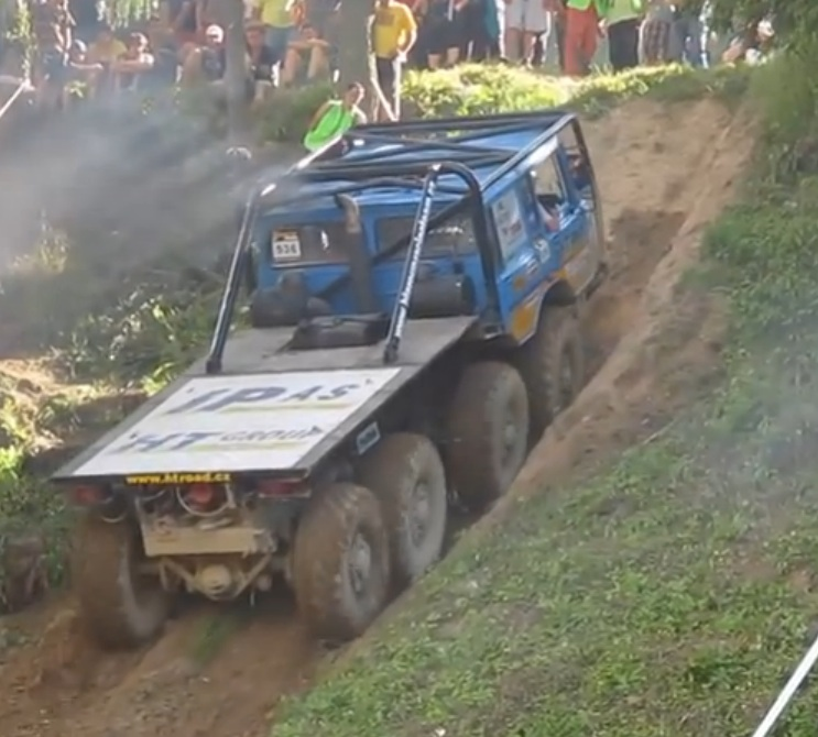 This Run Whatcha Brung Czech Hill Climb Features Homebuilt Creations, Tractors, And Eight Wheel Drive Monsters