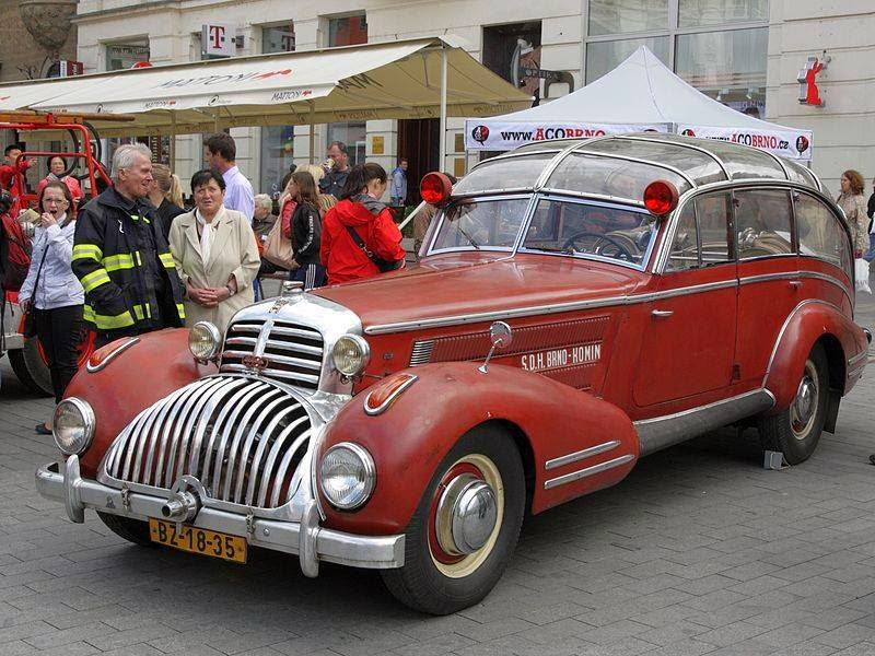 "The ""WTF?"" Files: The Horch 853 Sport Cabriolet Fire Truck Conversion"