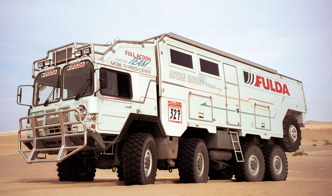 Another 8×8 Extreme RV That Will Make You Want To Circle The Globe