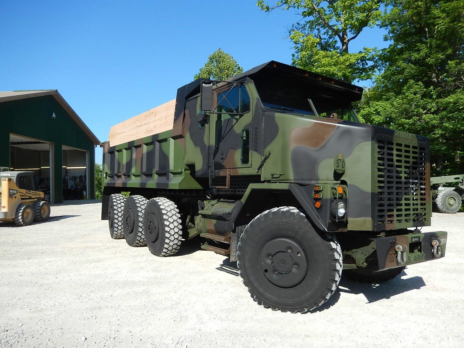 oshkosh military trucks bing images. Black Bedroom Furniture Sets. Home Design Ideas