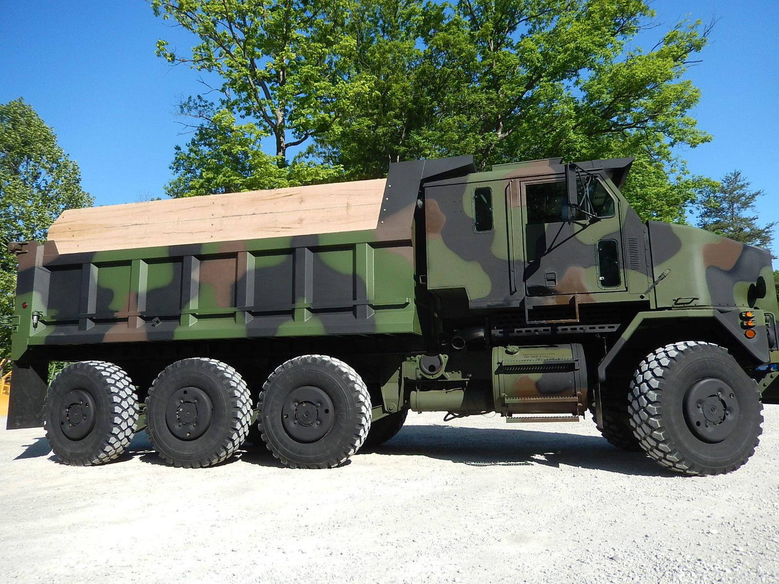 eight wheel drive military vehicles for sale autos post. Black Bedroom Furniture Sets. Home Design Ideas