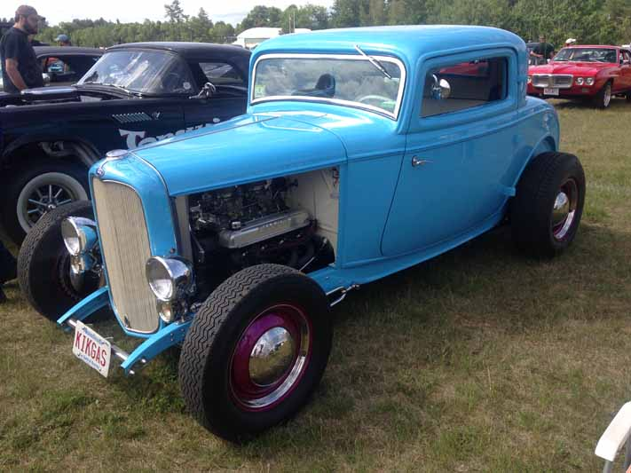 2015 Orange Drag Strip Reunion: The Coolest Rods, Trucks, Muscle Cars, and…Vans?!