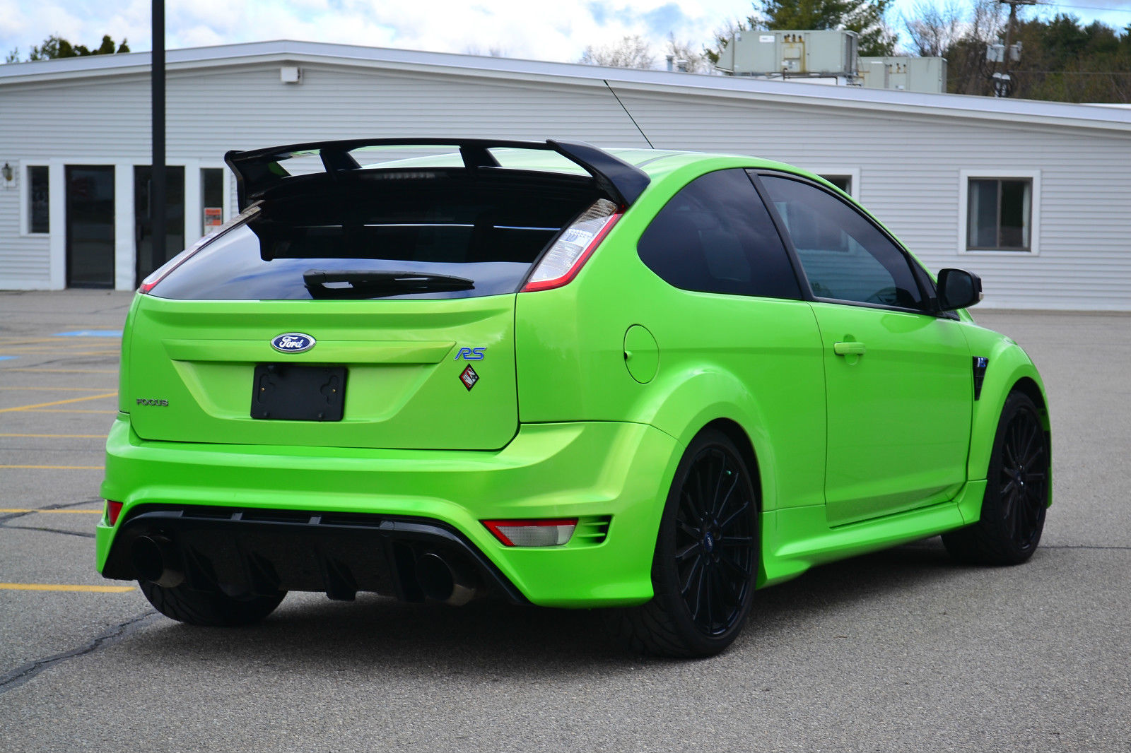 ebay find a questionably legal 2010 ford focus rs for sale in vermont. Black Bedroom Furniture Sets. Home Design Ideas