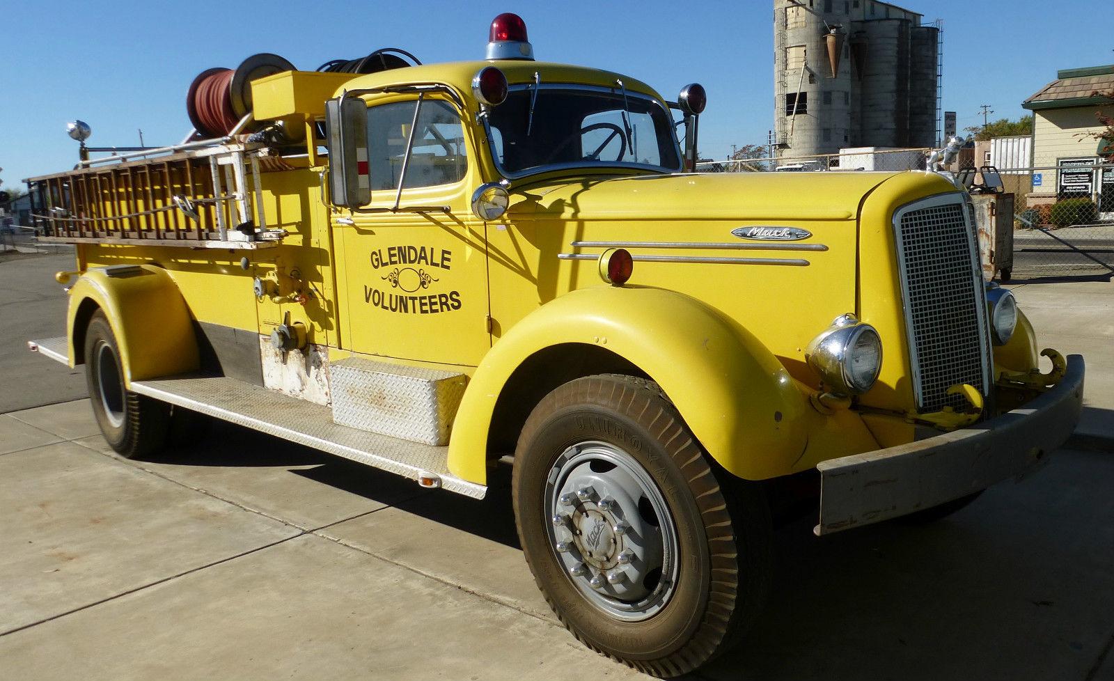 1945 Mack Fire Truck