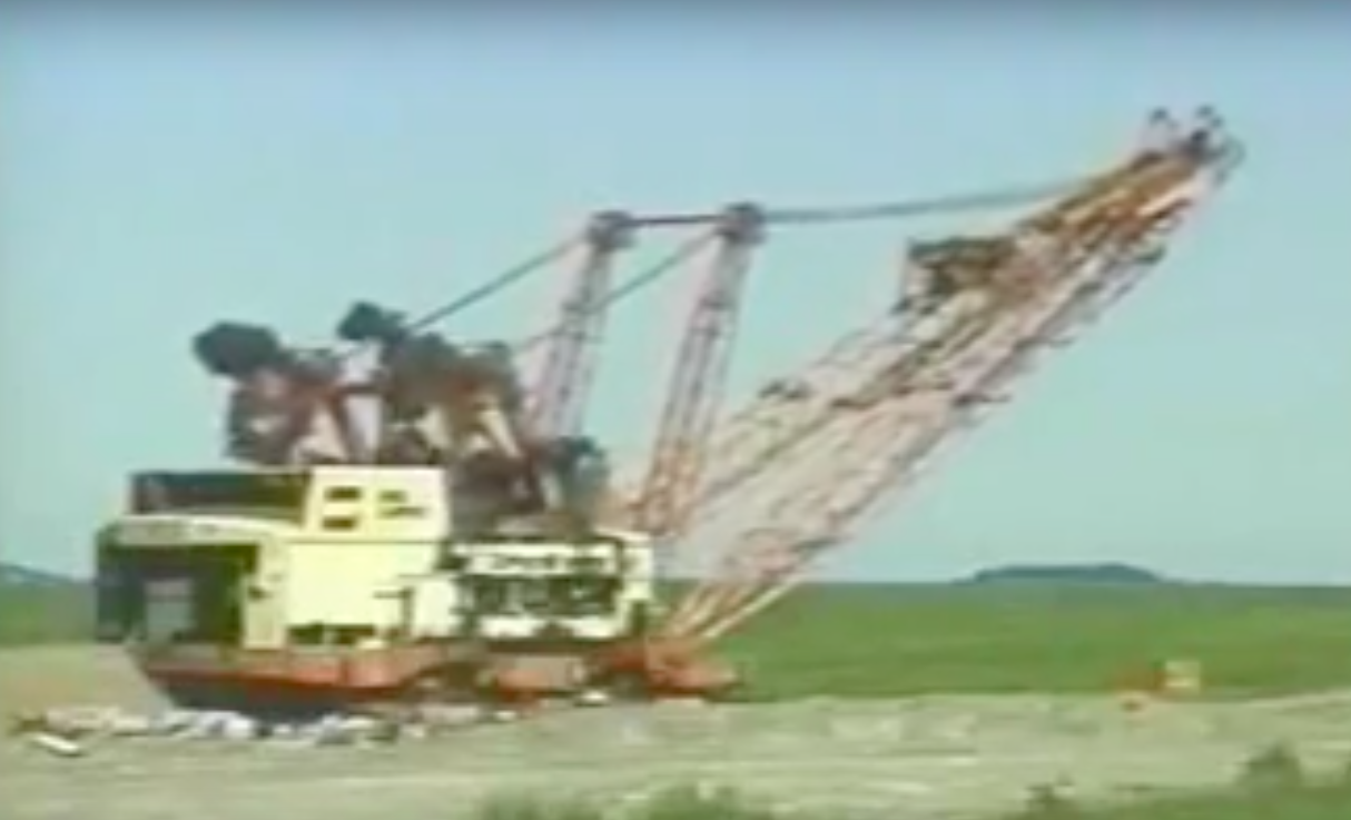 The End of Big Muskie: Watch The Largest Piece Of Earth Moving Equipment Ever Get Blown Apart