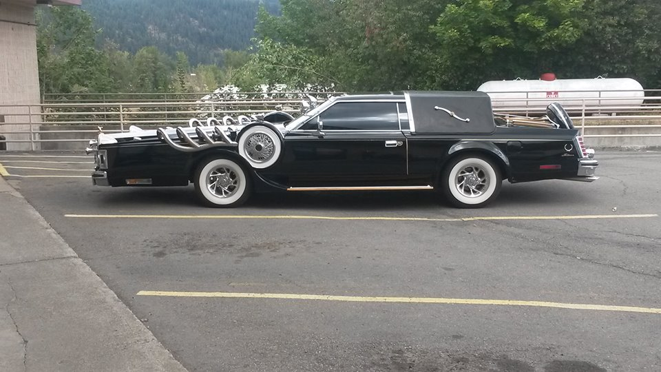 Caption This: How Would You Sell This Lincoln-Ish Super Brougham?