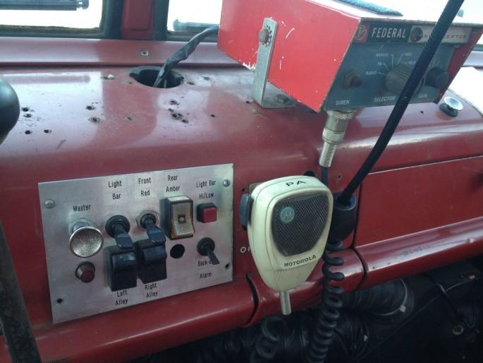 Ford C-800 Fire Truck Ramp Truck Car Hauler 13