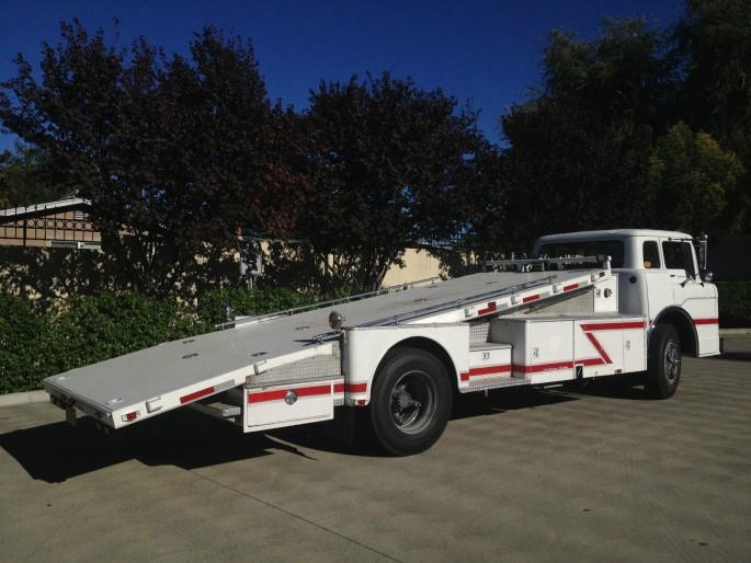 Ford C-800 Fire Truck Ramp Truck Car Hauler 5
