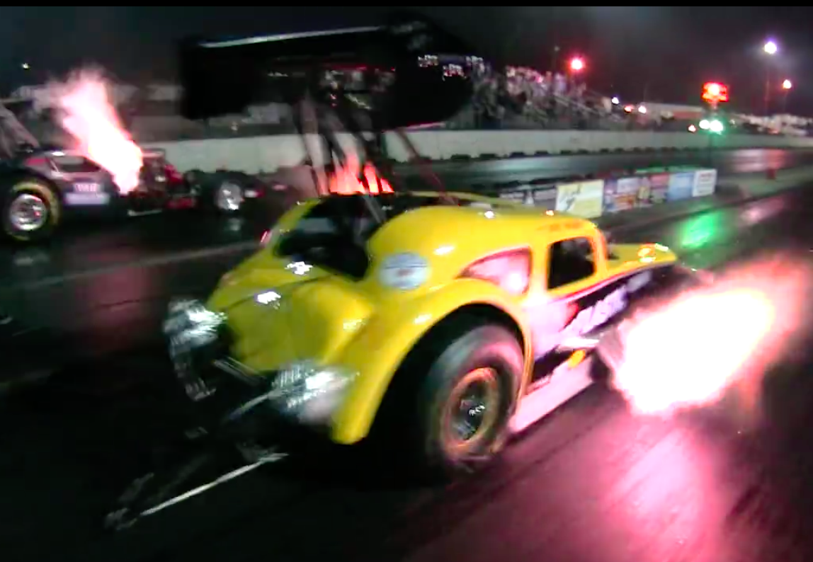 Fuel Altered Fury! One Minute Les Mayhew AA/FA Video Captures The Insanity Of The Cars Perfectly