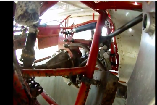 Crazy Video: Watch The Rear Suspension Of A Dirt Track Car Work – Wild Stuff