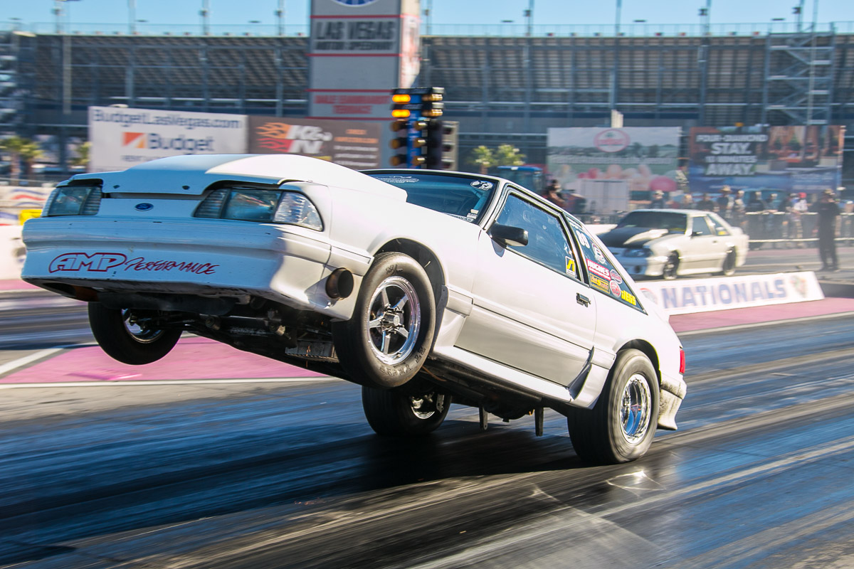 Wheelies! Nothing But Wheels Up Action From The Jegs SCSN 2015 Presented by Chris Alston's Chassisworks