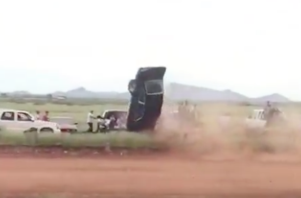 They Are Still Racing (and Crashing On) The Dirt Quarter Mile In Sonora, Mexico