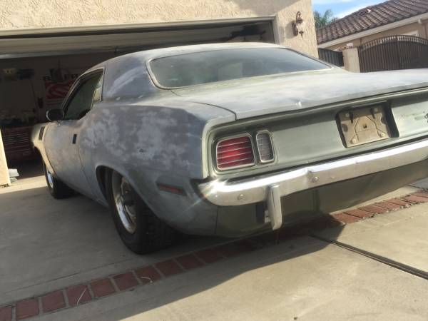 This 1971 Hemi Cuda Project Is Only $35,000 Which Sounds Like A Screamin' Deal
