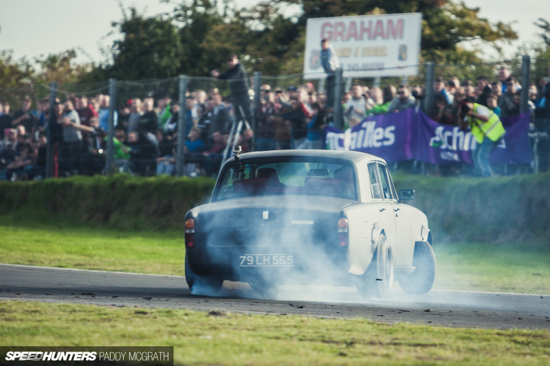 Pardon Me, Do You Have Any Opposite Lock? Check Out This Rolls-Royce Drift Car!