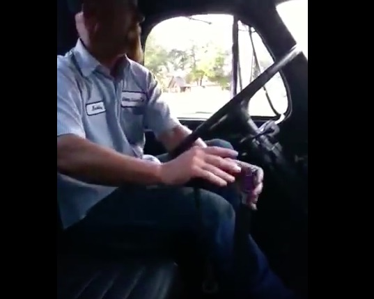 The Parting Shift: Watch This Guy Pull Every Gear Like A Master In A 1964 Mack With A Triplex Transmission